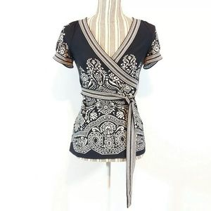 BCBGMaxazria Fitted Top size XS